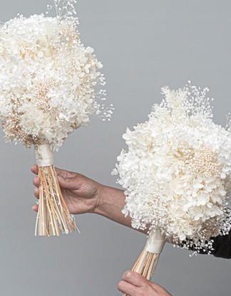 Preserved hydrangia bouquet