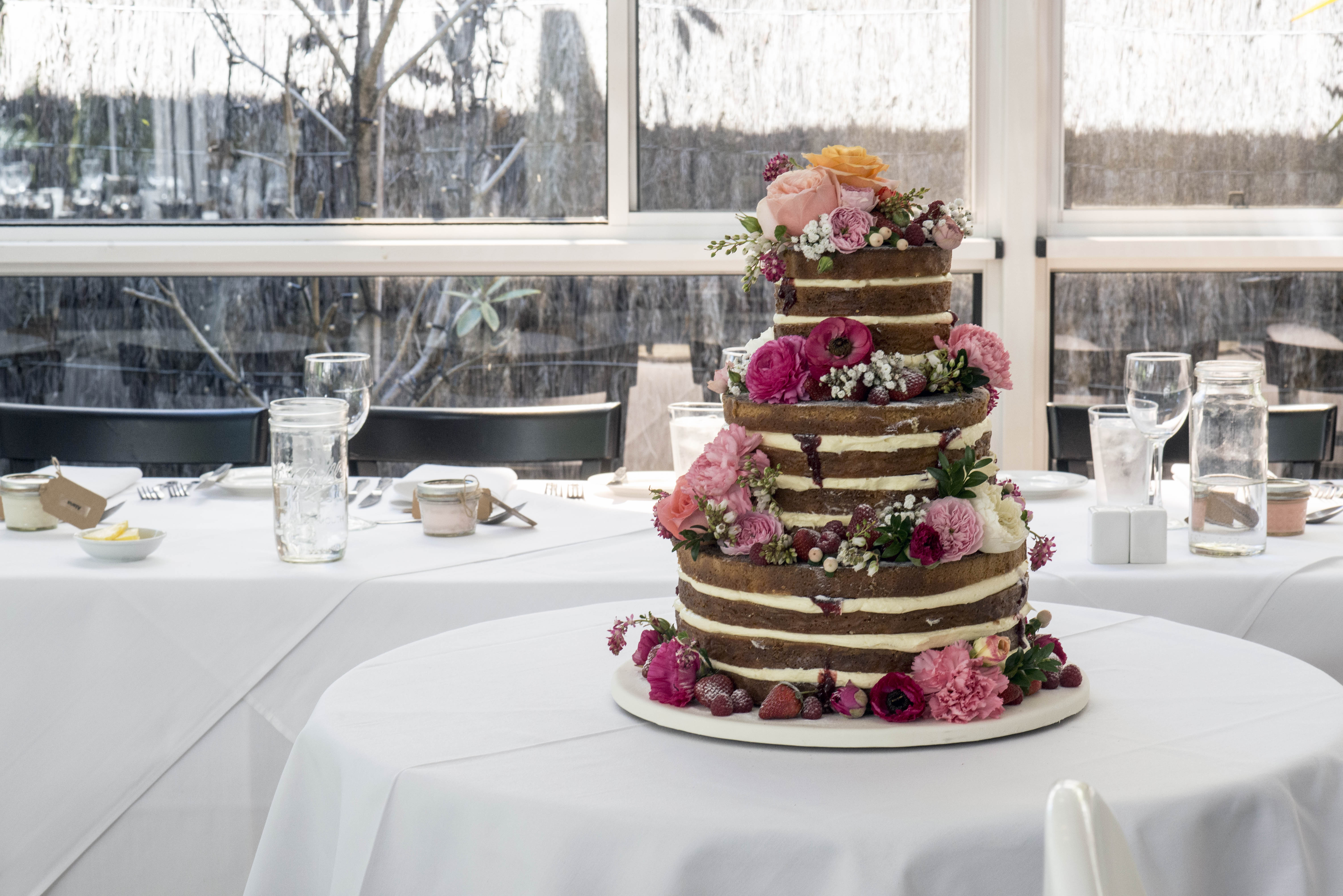 Fresh floral wedding cake decoration