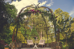 Tatra Cupola - hanging florals