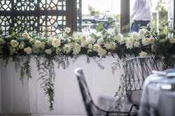 Bridal table garland