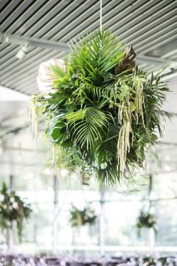 Hanging foliage bomb