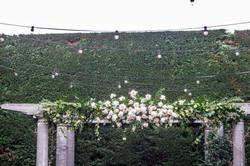 Blush & cream ceremony flowers