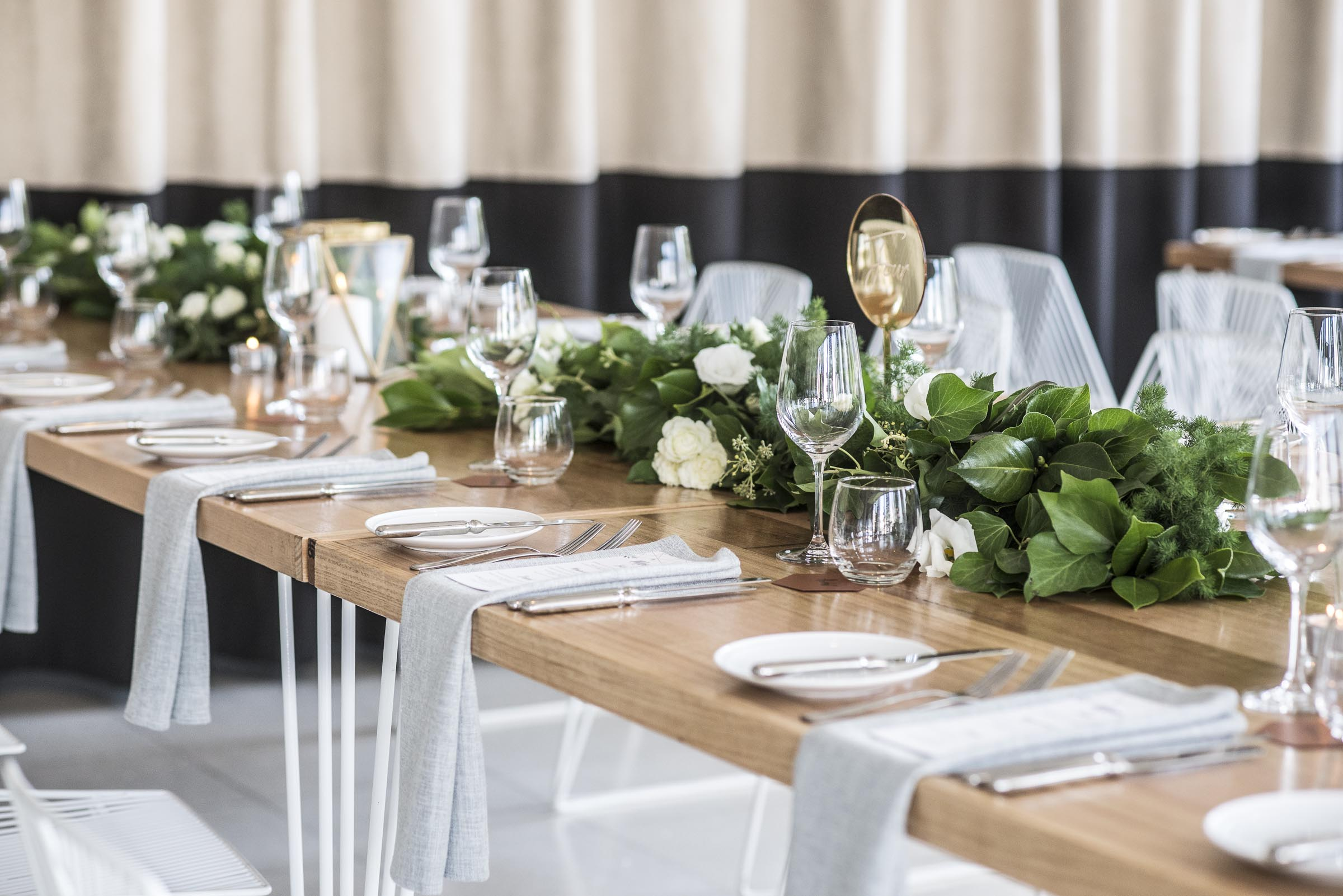 Guest table foliage garlands