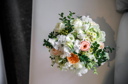 White, cream and apricot bouquet