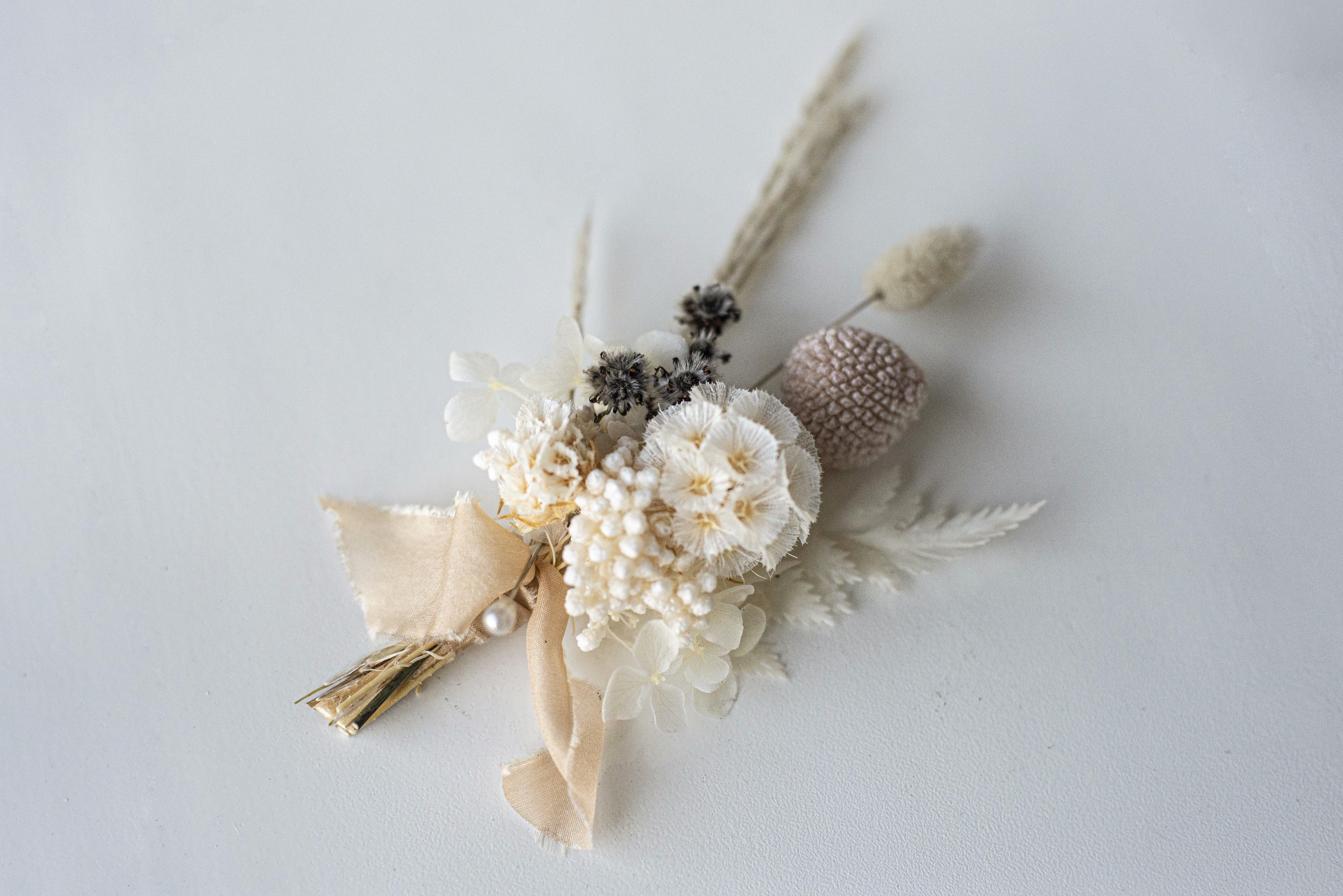 Dried / preserved buttonhole