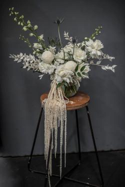 Asymmetric flower arrangement
