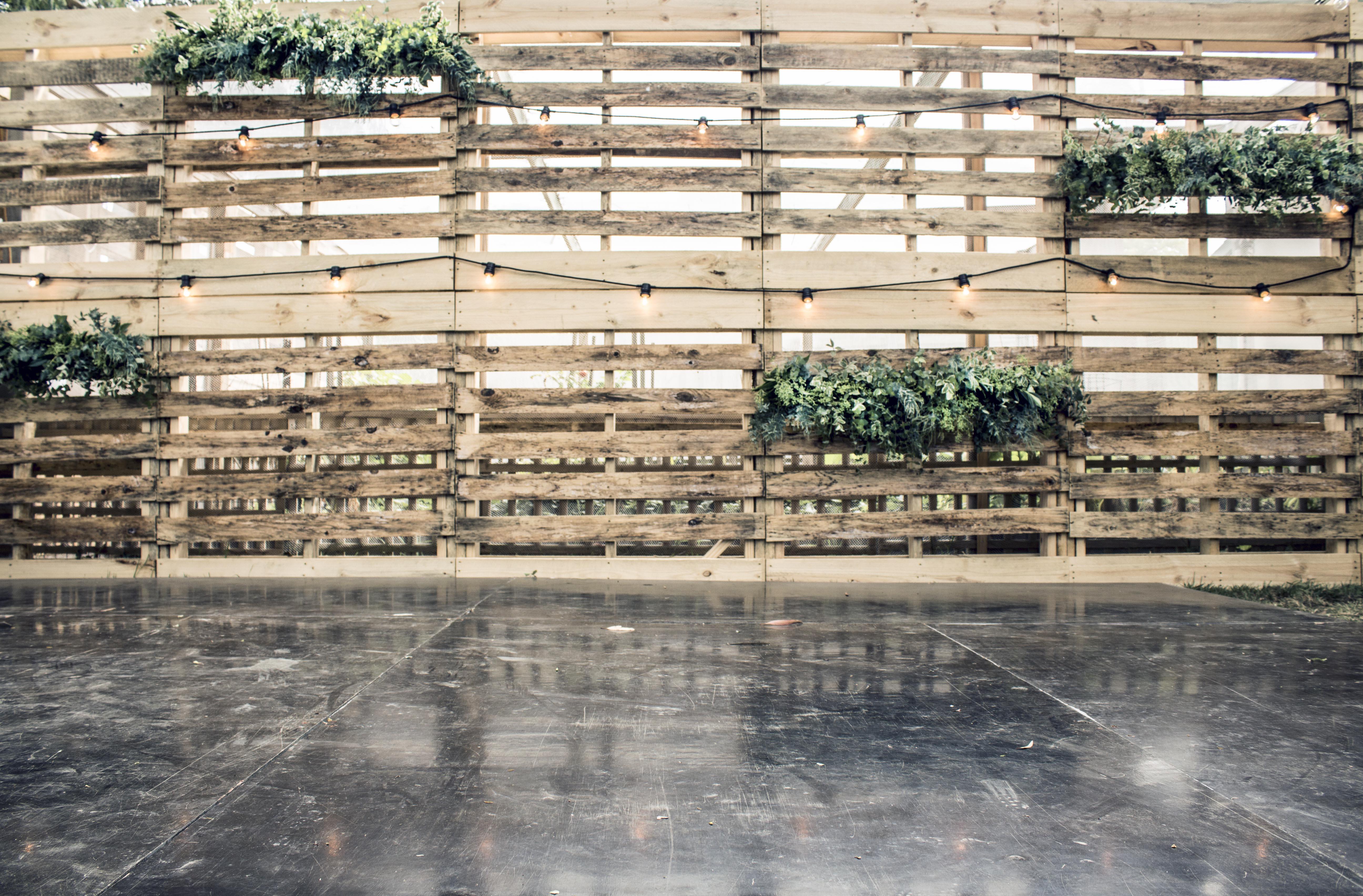 Foliage instillation