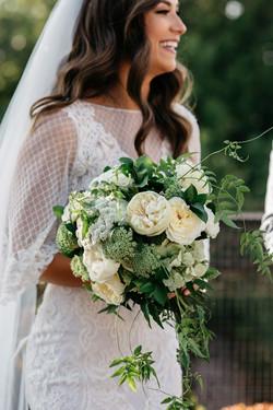 Green & Cream bride bouquet