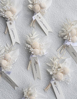 Preserved flower buttonholes