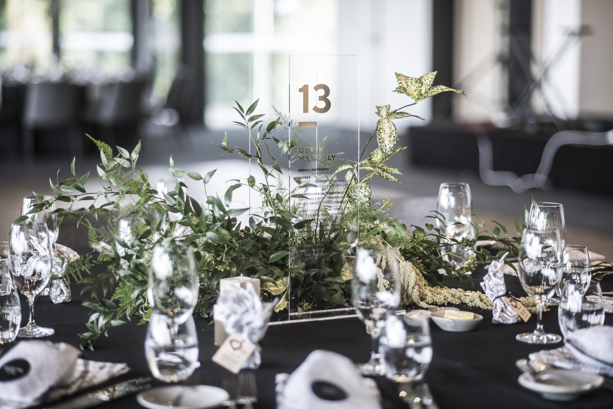 Foliage guest table arrangements
