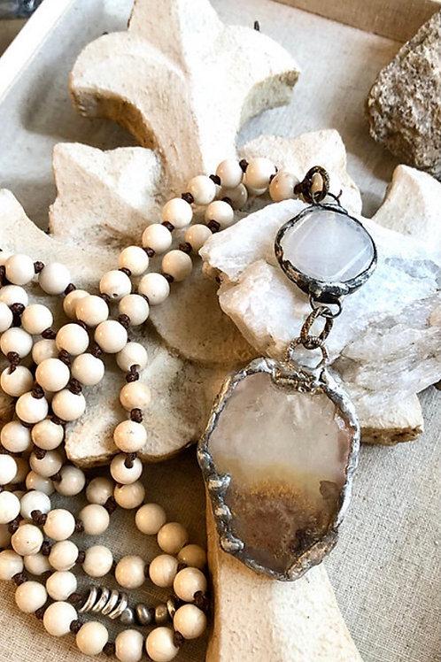 Agate and Quartz Neutrals necklace