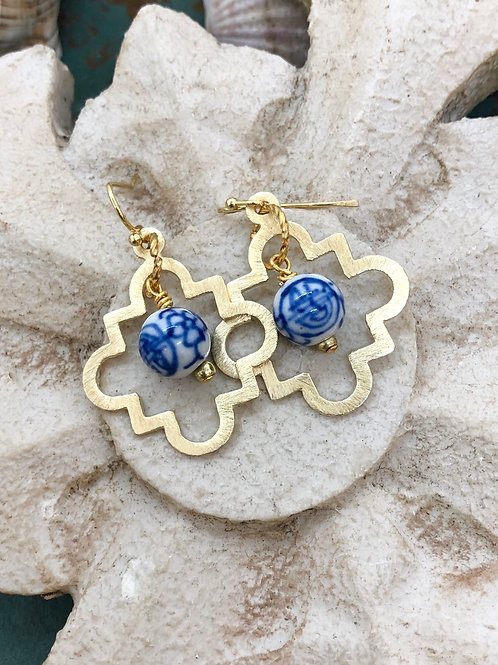 Chinoiserie and Clovers earrings