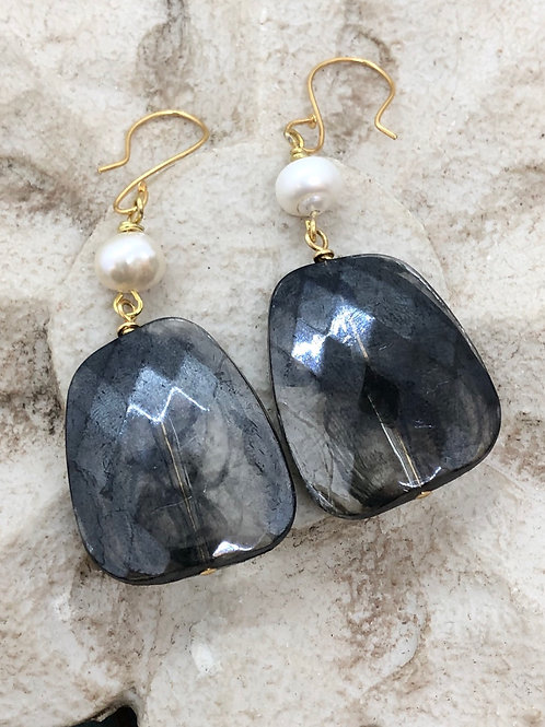 Crystals Galore Black and Pearl earrings