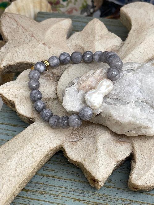 Biwa Pearl and Labradorite bracelet