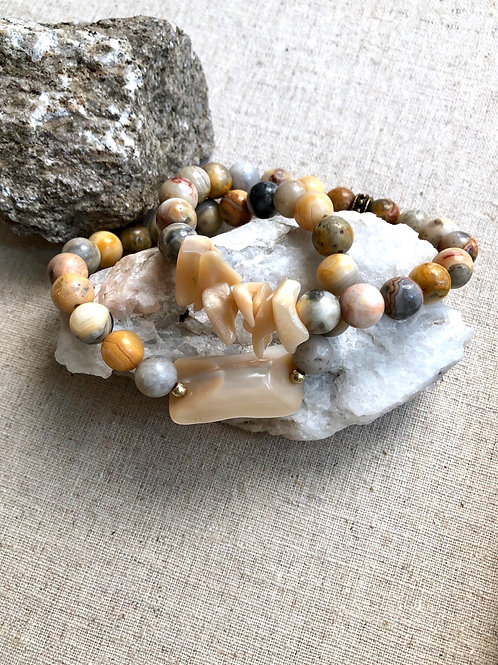 Mother of Pearl and Agate Bracelet set