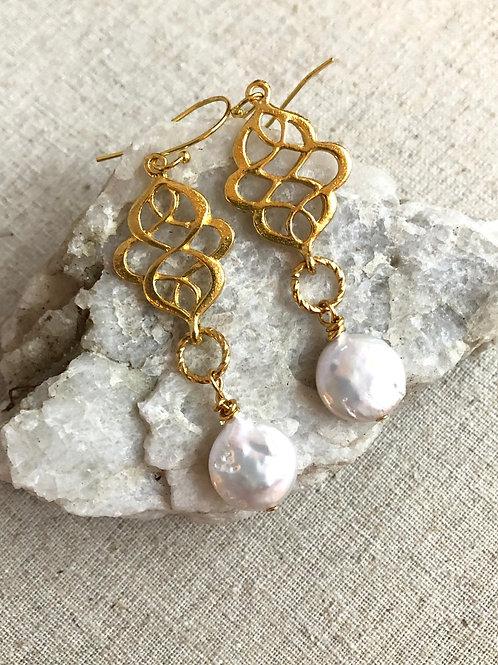 Filigree & Pearls earrings