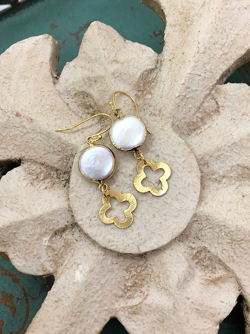 Pearls and Clover earrings