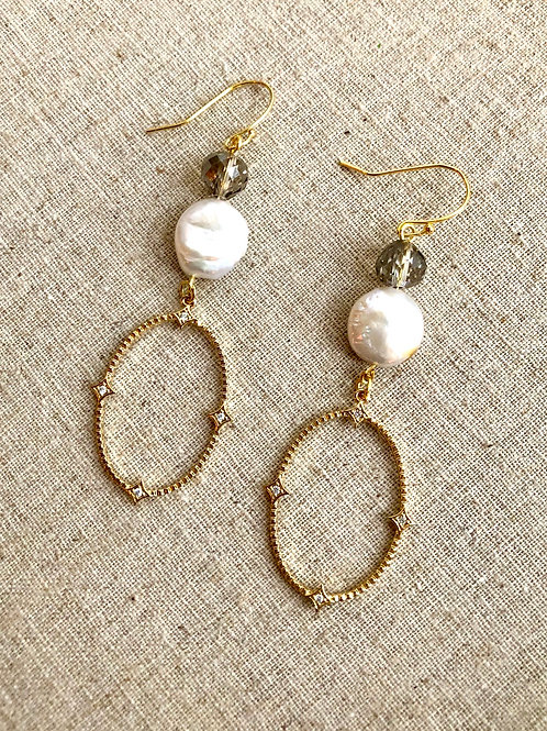 Pearl and Crystal Elegance earrings