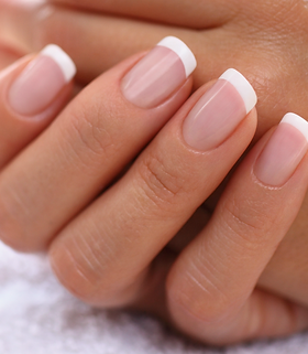 french-manicure-nails.png