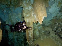 Cave dive training