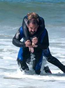 PADI 救援潛水員課程 - PADI Rescue Diver course trains you to handle scuba diving emergencies.