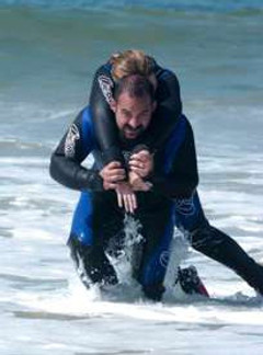 Exiting with an unconscious diver in PADI Rescue Course
