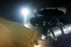 China cave diving