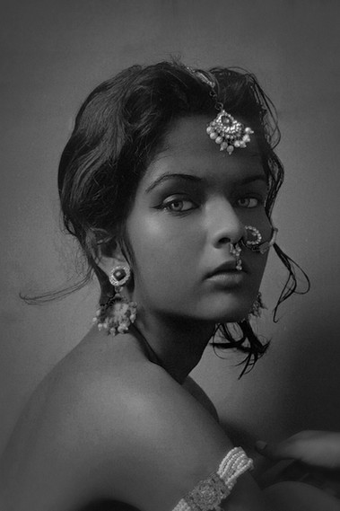 NOIR by Maitreyi More