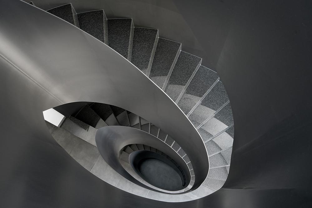 Architekturfotografie des Treppenhaus