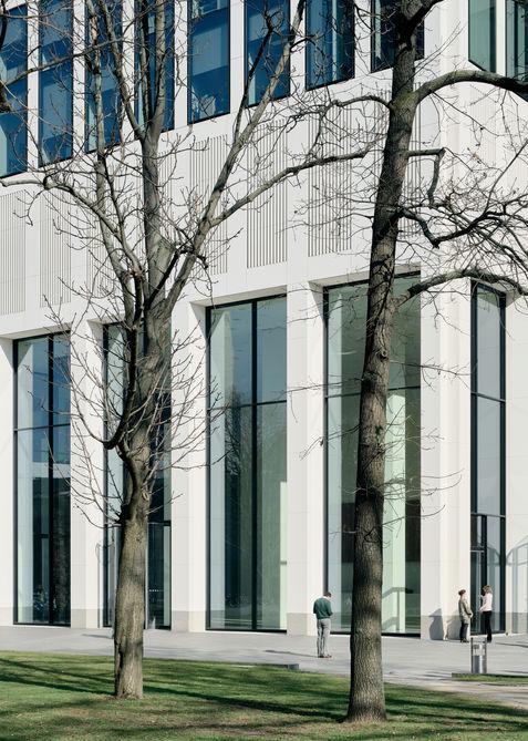 Architekturfotograf Frankfurt Wiedemuth Hochhaus TaunusTurm 002