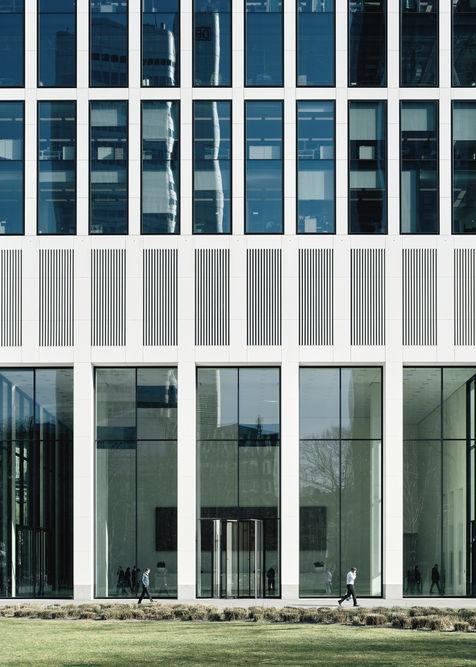 Architekturfotograf Frankfurt Wiedemuth Hochhaus TaunusTurm 007