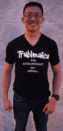 V neck T-shirt(M): Extraordinary