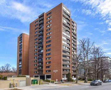 5959 Spring Garden Rd Halifax NS.jpg