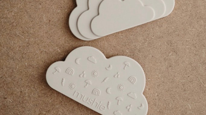 Mushie - silicone cloud teether