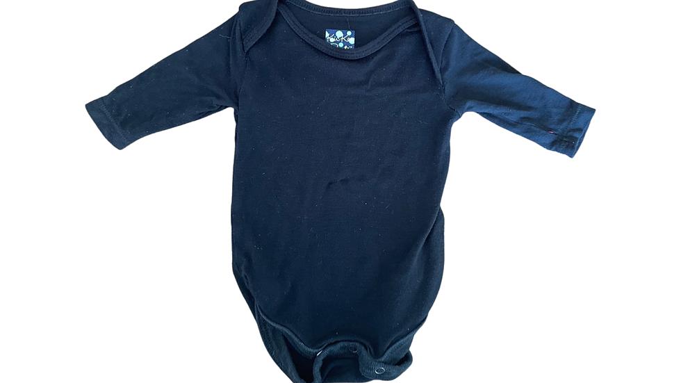 (Consignment) Black kickee pants onesie 0-3m *