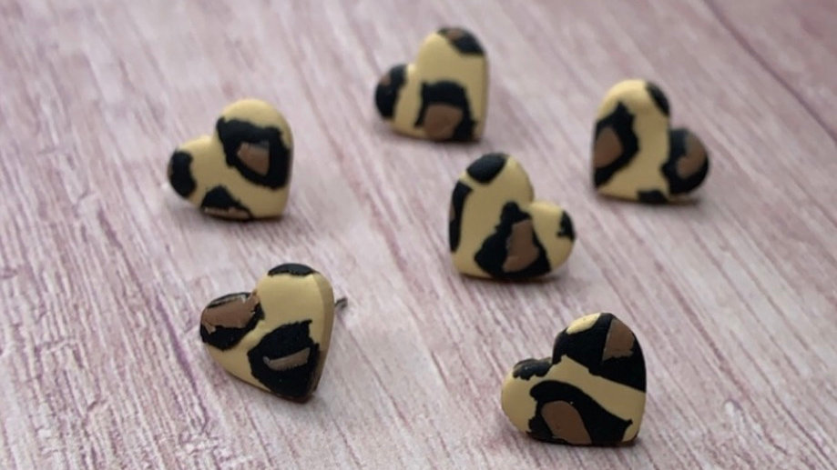 Marble & Bow - Layered leopard studs