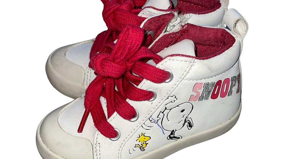 (Consignment) Zara sneakers sz 5.5