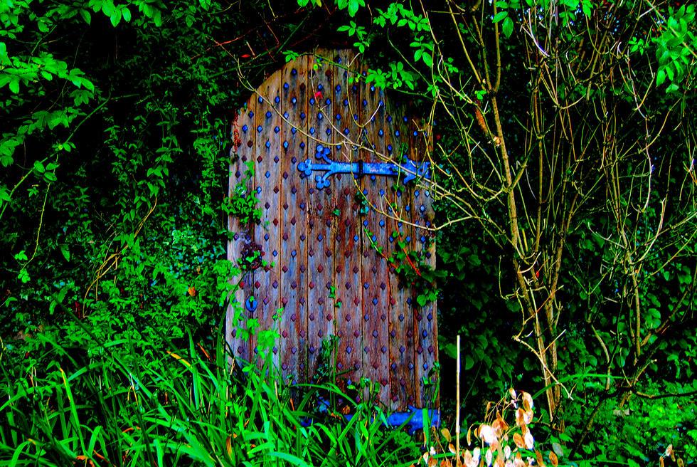 J&S DOOR.18