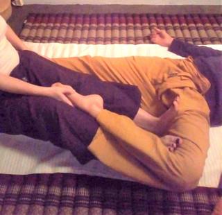 nuad bo'rarn, massage thaïlandais, massage thai, nuad biran, nuad thaï, thaïlande