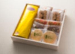 デイジイ商品_ブランデーケーキ入り3列