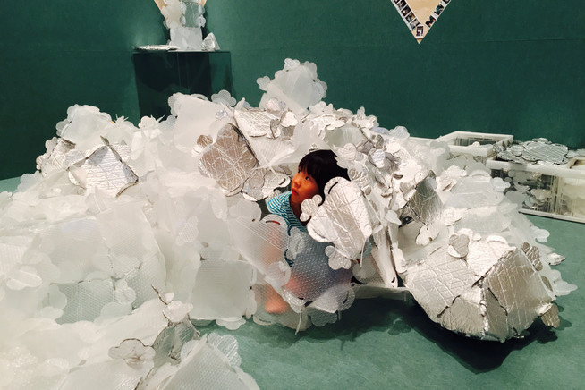 Nina at the Museum|Takako Kanawa|Shoichi Design|金輪 貴子