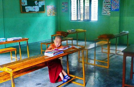 pema-tsal-school-tibetan-school-voluntee