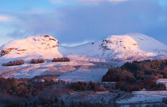 Dumgoyne & Dumfoyn, Winter Dawn