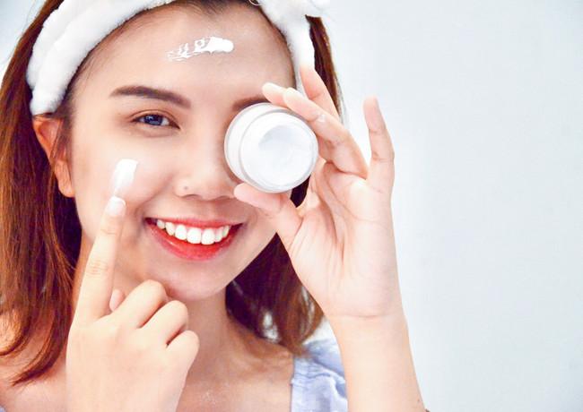 white perfect day cream