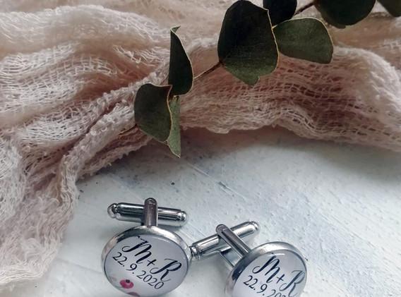 Manžetové knoflíčky s datumem svatby