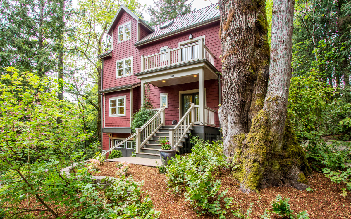 Just Sold!  $819,000