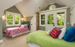 Third floor bedroom and loft