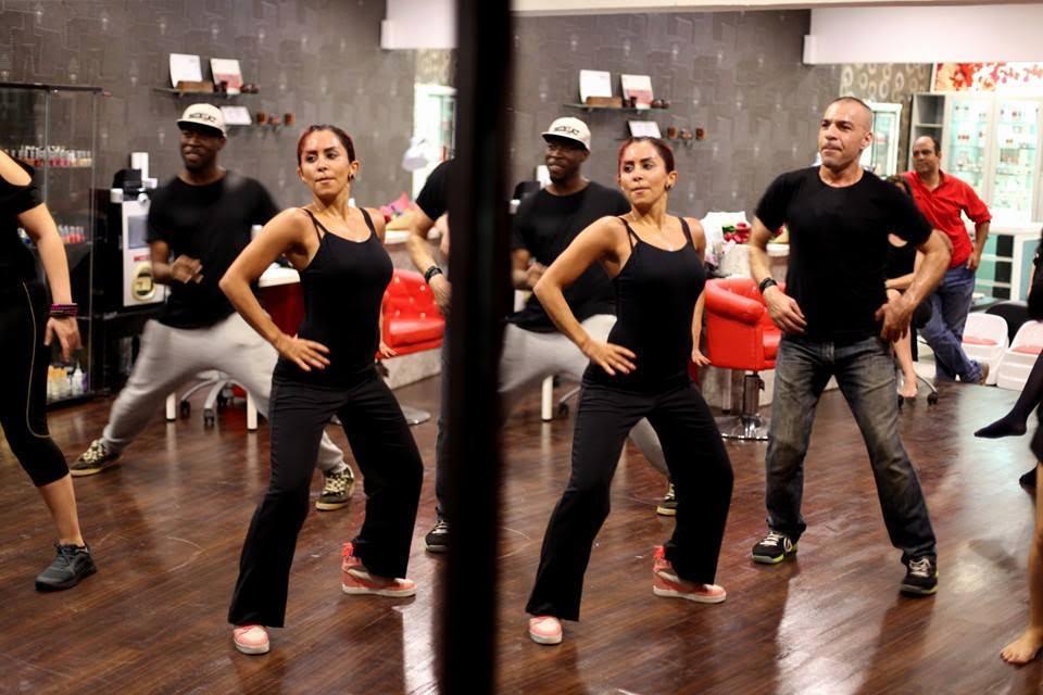 Belly dance (2)