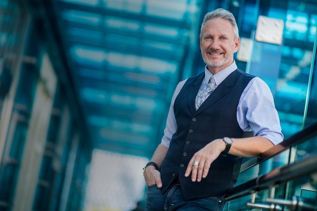 Self Employed Strategist & Speaker | Brand Messaging Expert | Jeffrey Shaw