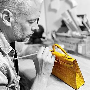 David Colin, artisan maroquinier réparateur de sac Hermès